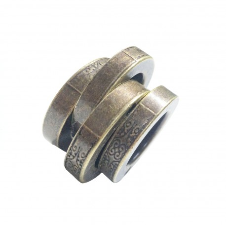 Kung Fu Self-protection Magic Ring Personal Outdoor Defenses Emergency Escape Equipments